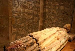 interior-monasterio-santo-toribio-de-liebana