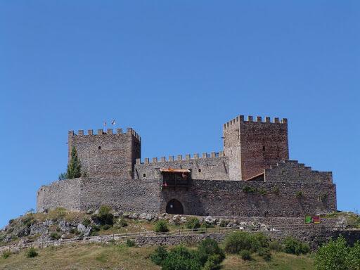 Castillo de Argüeso Hermandad de Campoo de Suso
